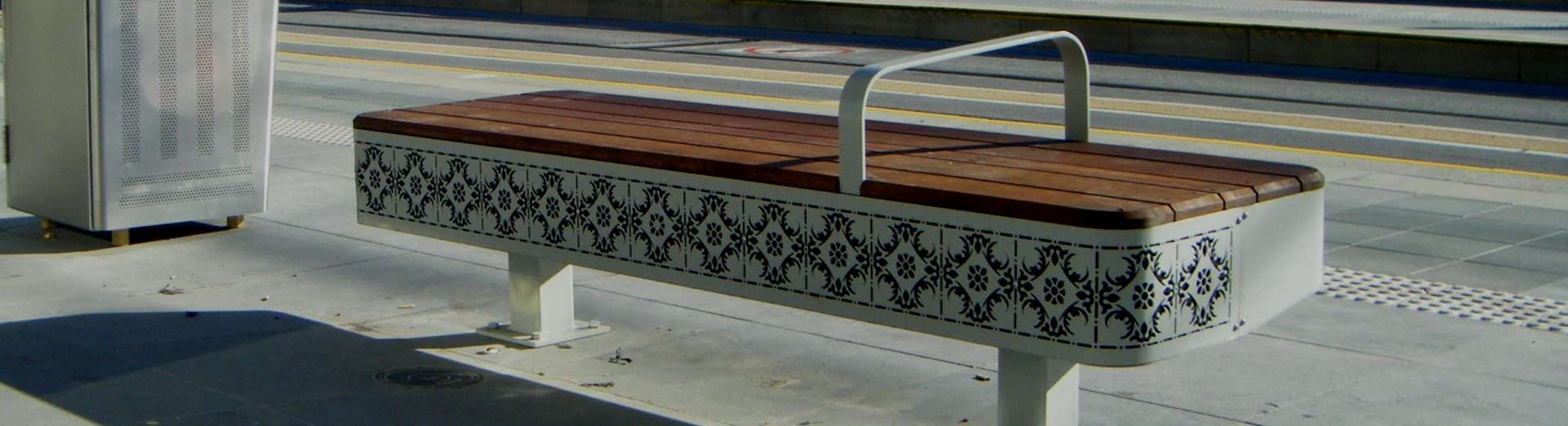 Tram Stop Northcote Street Furniture